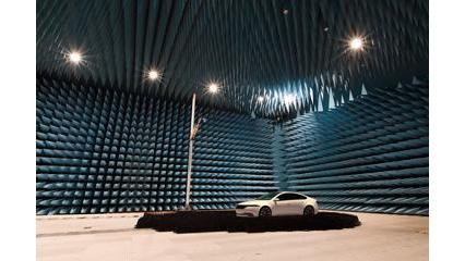 Large Anechoic Chamber for Evaluating Communication Performance of a Whole Vehicle with 5G Equipment
