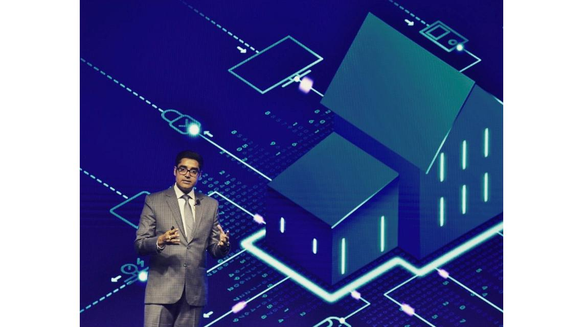 Photo: Manish Sharma, President & CEO Panasonic India, presenting the Miraie concept