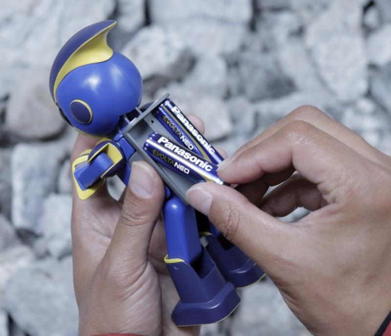 Photo: setting batteries on the robot
