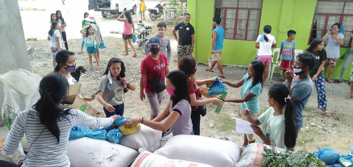 Photo: Clarence Alvarado's advocacy drive sorting out food and necessary items for frontliners and those in need in the Philippines