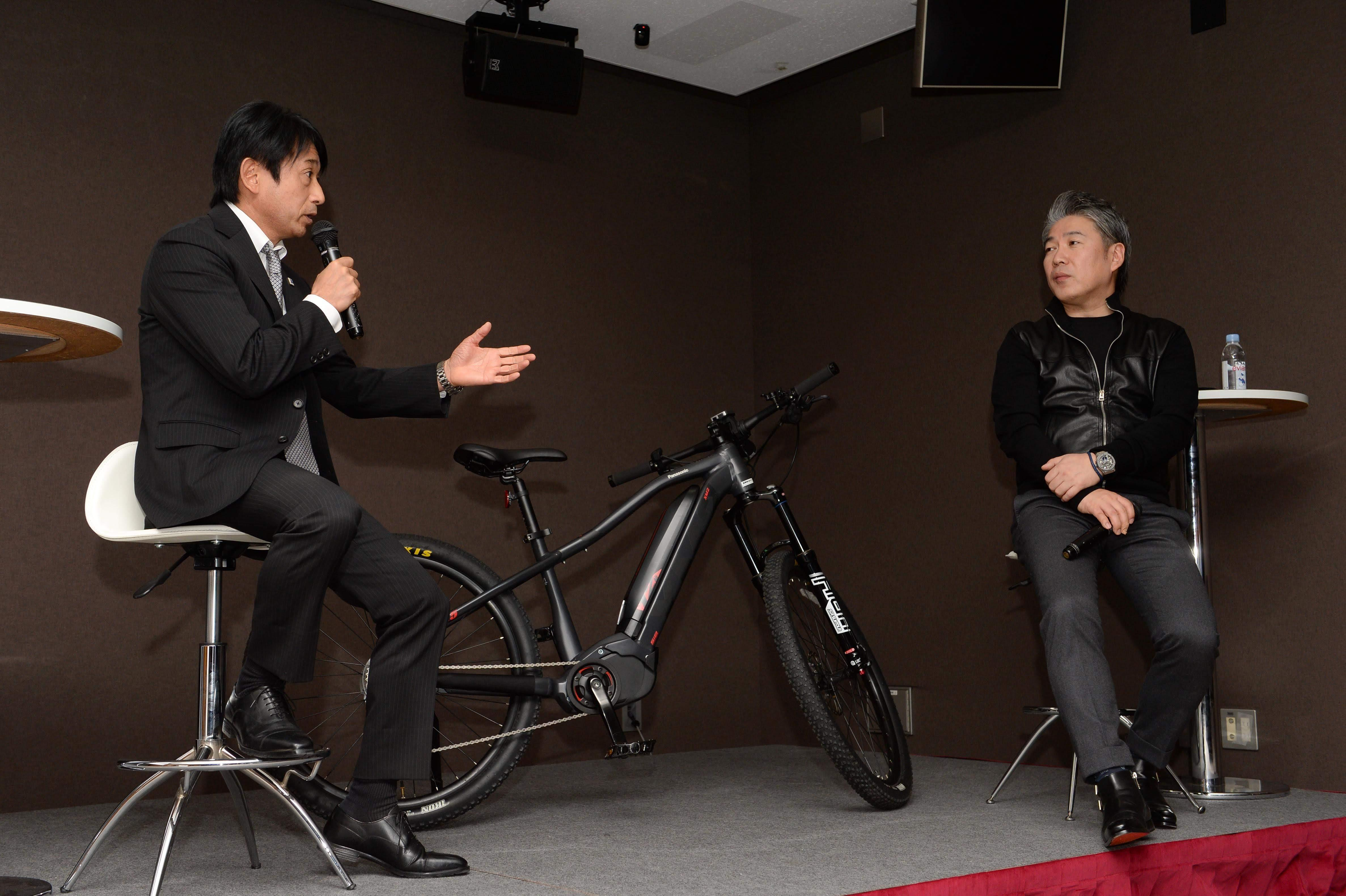 Seminar: Coexistence of Automobile and Bicycles / 自動車と自転車の共生について
