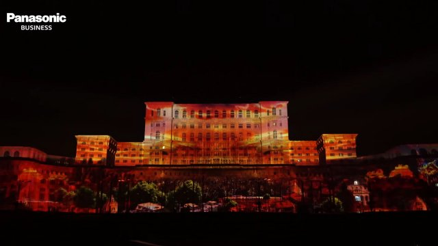 iMapp Bucharest 2015 - Panasonic Professional Projectors Create the World's Largest-Scale Projection Mapping