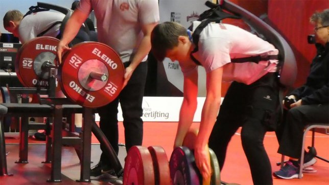 For the First Time Abroad Panasonic Provided Its Power Assist Suit to the Para Powerlifting International Competition Held in Manchester