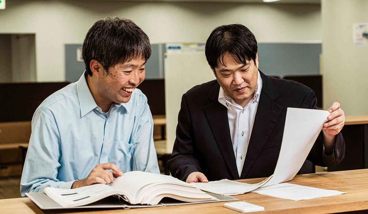 Photo: Masaki Igarashi (left) and Takafumi Kodama (right).