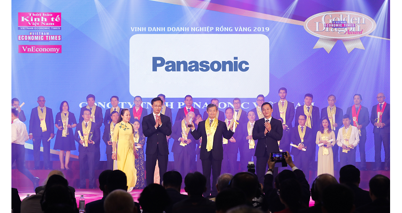 photo: Panasonic received the Golden Dragon Award 2019 as a leading consumer electronics and home appliances manufacturer for its contributions to the sustainable development of Vietnam