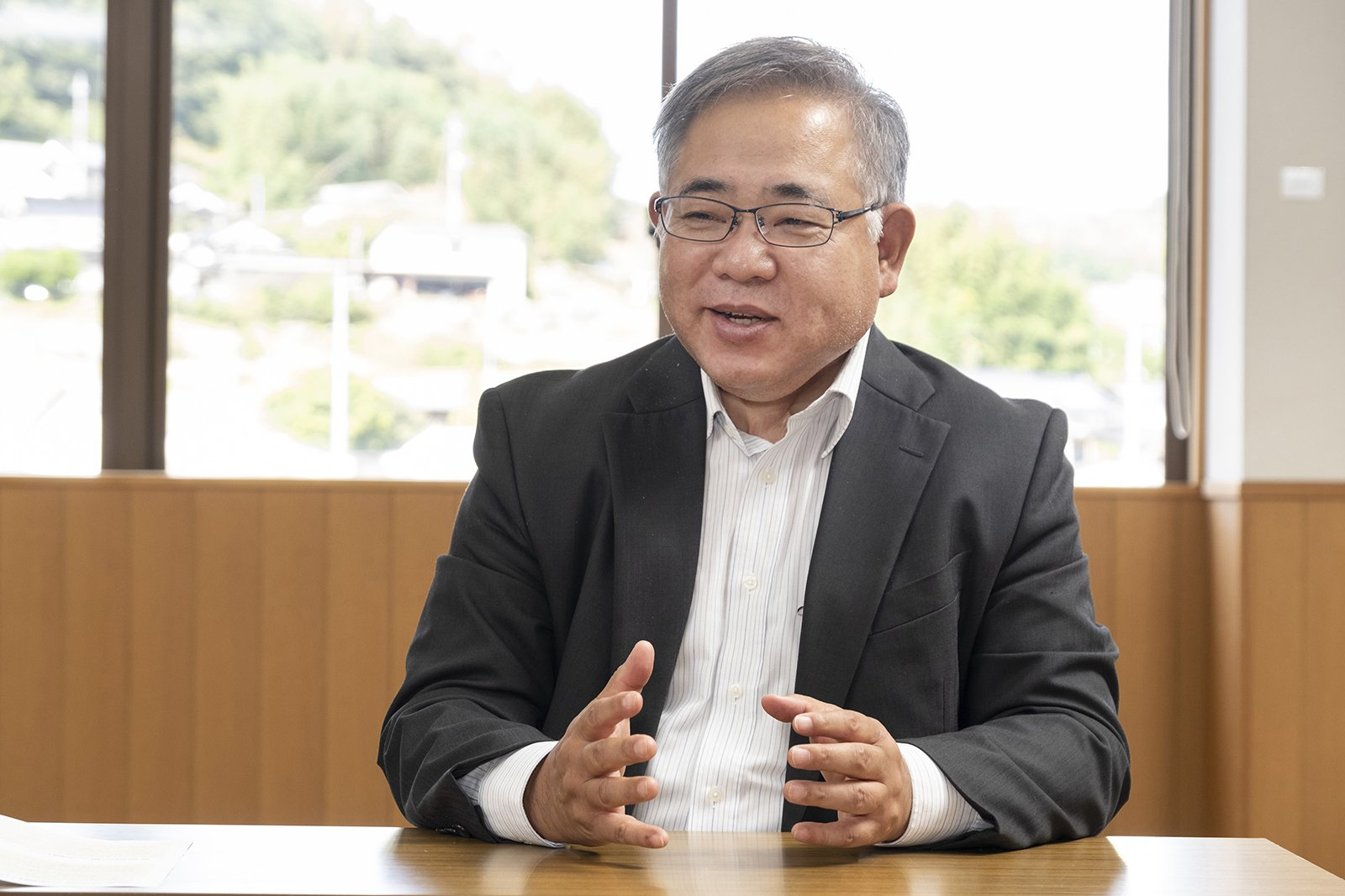 Photo: Takuo Date, Director, Bisei Promotion Division, Bisei Branch Office, Ibara City, Okayama Prefecture
