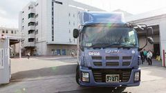 03_20120311_firsttruck.jpg