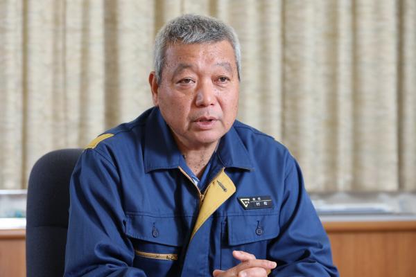 photo: Toshinori Muramatsu, Assistant Manager, Maintenance Dept., Hamamatsu Plant, Central Japan Railway Co., Ltd.