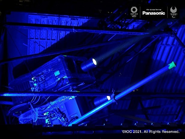 Photo: Breathtaking Light and Color: Augmenting Opening Ceremony with Projection Mapping