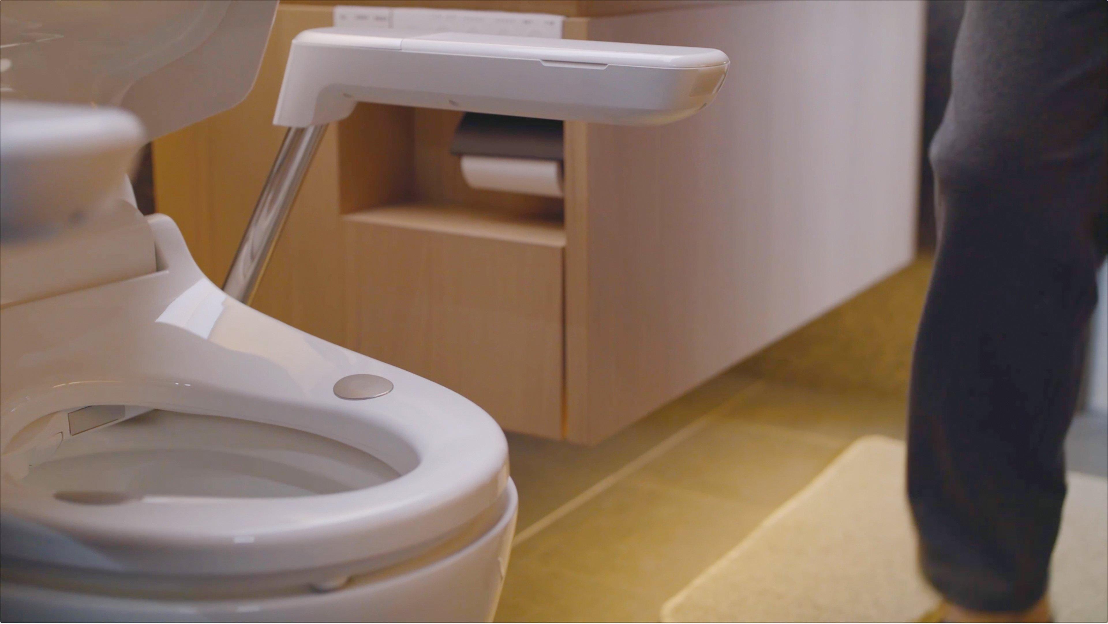 Photo: A bathroom that echoes customers' health data