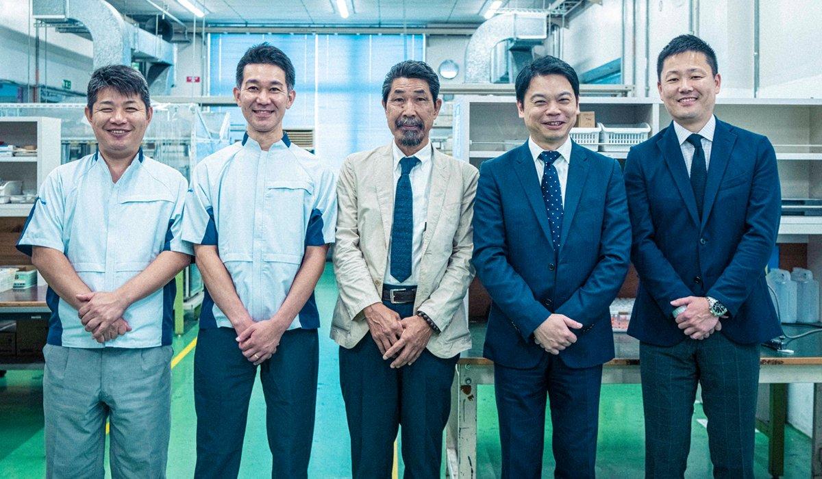(From left to right) Satoshi Fukuda, Takahiro Nagayasu, Yasuo Shiba, Akihiro Fujimoto, and Yohei Kamon
