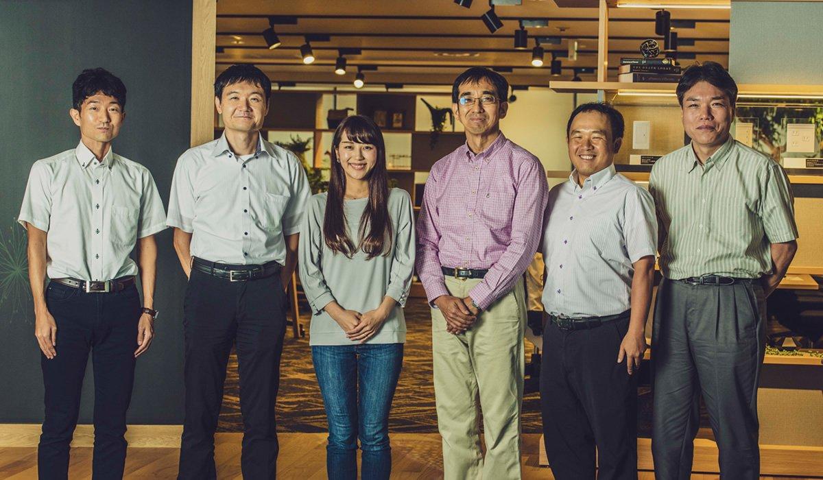 Photo, from left to right: Hiroshi Ouchida, Keiichi Tanaka, Sae Kitamura, Yasushi Kasajima, Norikazu Tagaki, and Yoshitaka Tezuka.