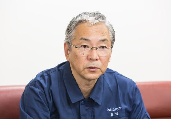 photo: Yoshihiro Sonoda, Senior Staff Engineer, System Design Specialist, Airport Equipment Section, Systems Department, Parking System Division, ShinMaywa Industries, Ltd.