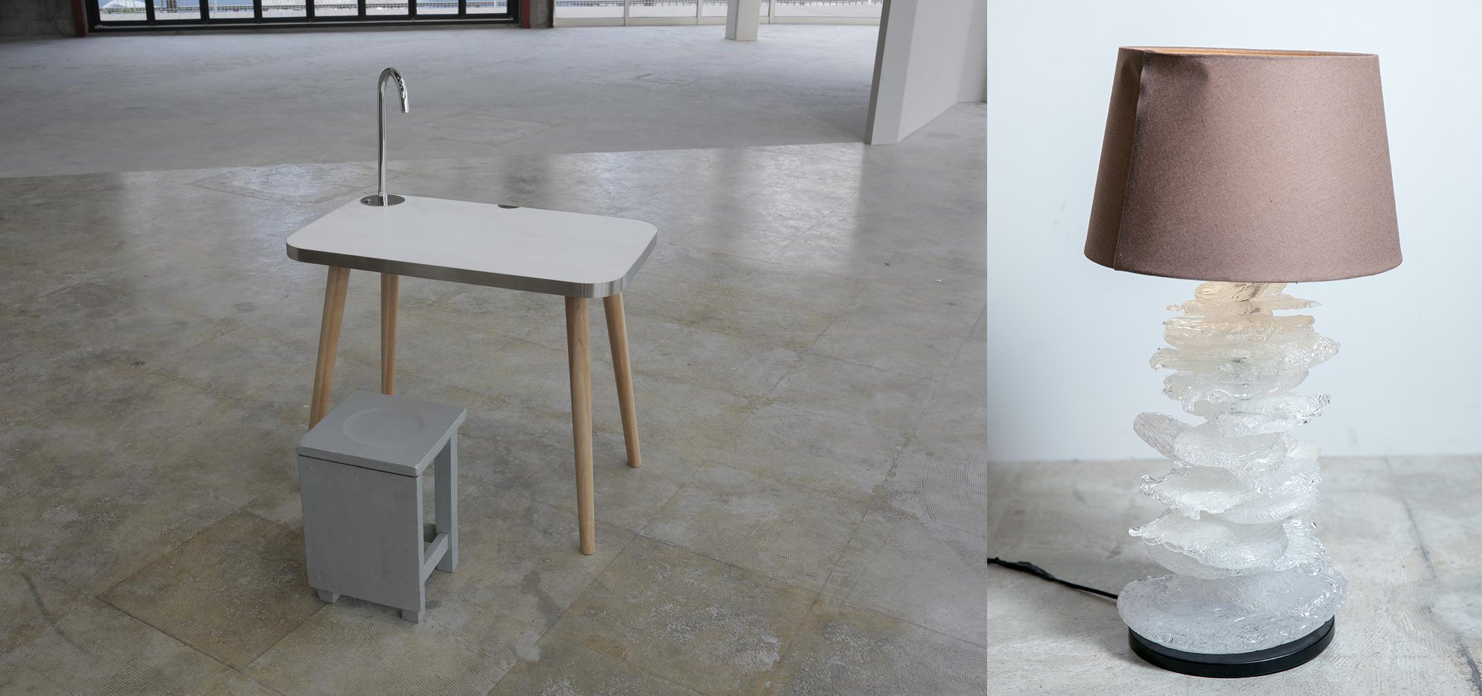 Photo: Table with a system kitchen counter tabletop and a resin lamp.