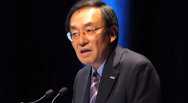 IEC東京大会で基調講演をするパナソニック津賀一宏社長
