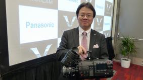 新4K Varicam35を発表 (写真:パナソニック AVCネットワークス社 宮城副社長)