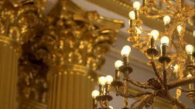 ロシア エルミタージュ美術館に灯るパナソニックのLED
