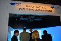 プロジェクターによる「3Dバーチャルジェットコースターライド」展示風景