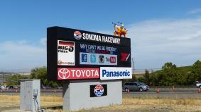 カリフォルニア州ソノマにあるサーキット