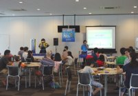 「マイナビ Ene-1 GP SUZUKA 2014」 手づくり乾電池教室の様子