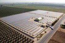 カリフォルニア州トゥーレアリ郡にある太陽光発電所
