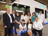 CEATEC AWARD 受賞製品の担当者たち