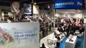 太陽光発電業界向けの北米トップクラスのB2B展示会「SPI2014」には15,000人の関係者が来場