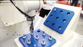 モータ制御技術で製造現場の課題解決に寄与