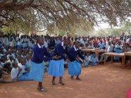 2011年助成NPO法人アフリカ地域開発市民の会様のケニアでの活動(エイズ子ども発表会の様子)