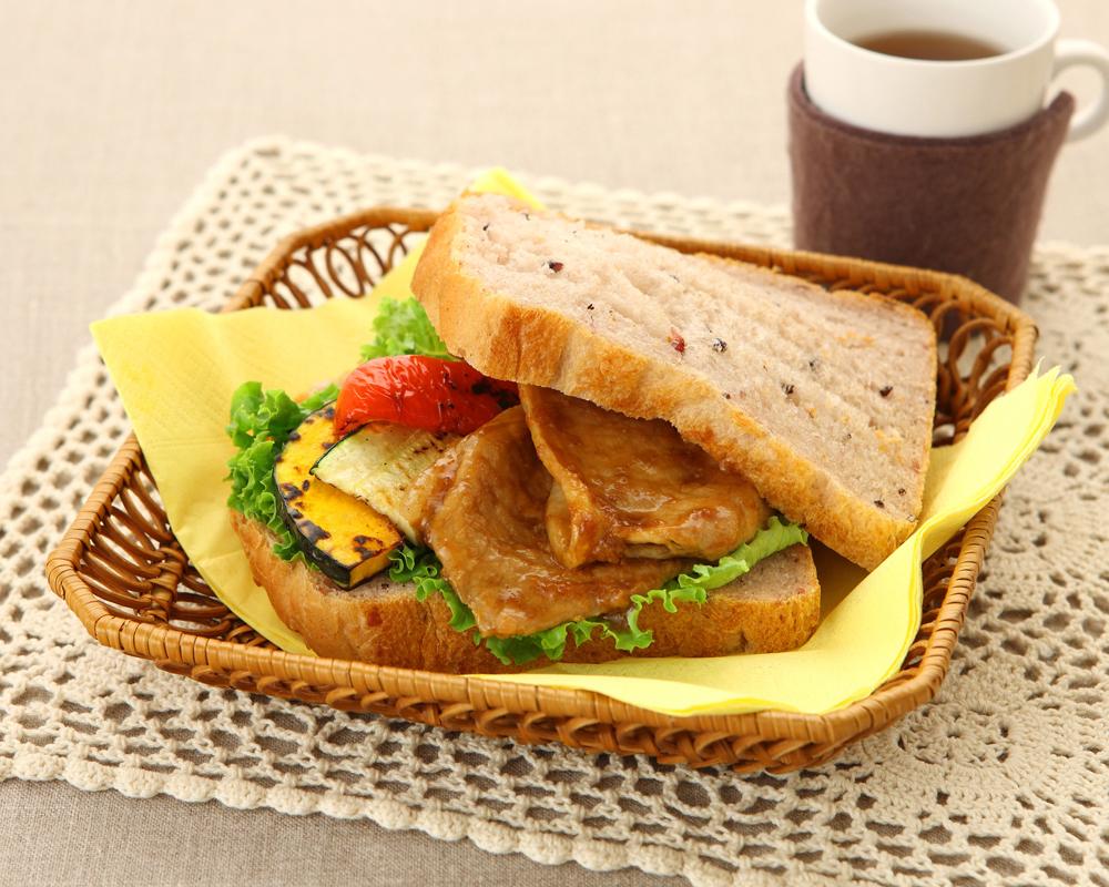 冷ごはんパンを使った和風サンドイッチ