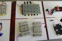 電源は充電式EVOLTA