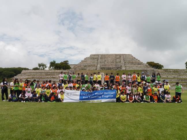 266人の子ども達と先生が世界遺産を守ること、環境保全の重要性を学びました。