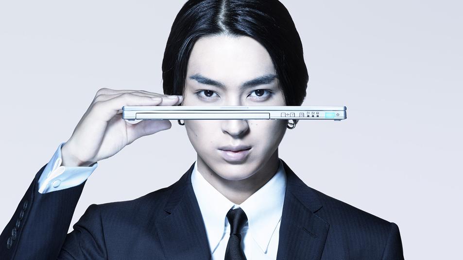 俳優・松田翔太さんを新たに起用した、モバイルノートPC「レッツノート」新CM