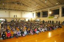 京都市陵ヶ岡小学校で行われた交流会