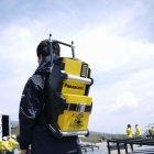登山隊が持参するため特別に制作したポータブル電源用バックパック