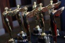 パナソニックが受賞した3Dクリエイティブ賞「Century Award」トロフィー