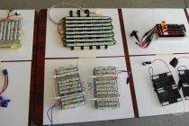 Ene-1 GPでは、電源に充電式エボルタ40本を使用