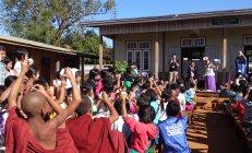 パナソニック「手づくり乾電池教室」 屋外での授業も実施
