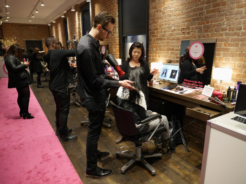 NYファッションウィークに施された「Panasonic Beauty Bar」