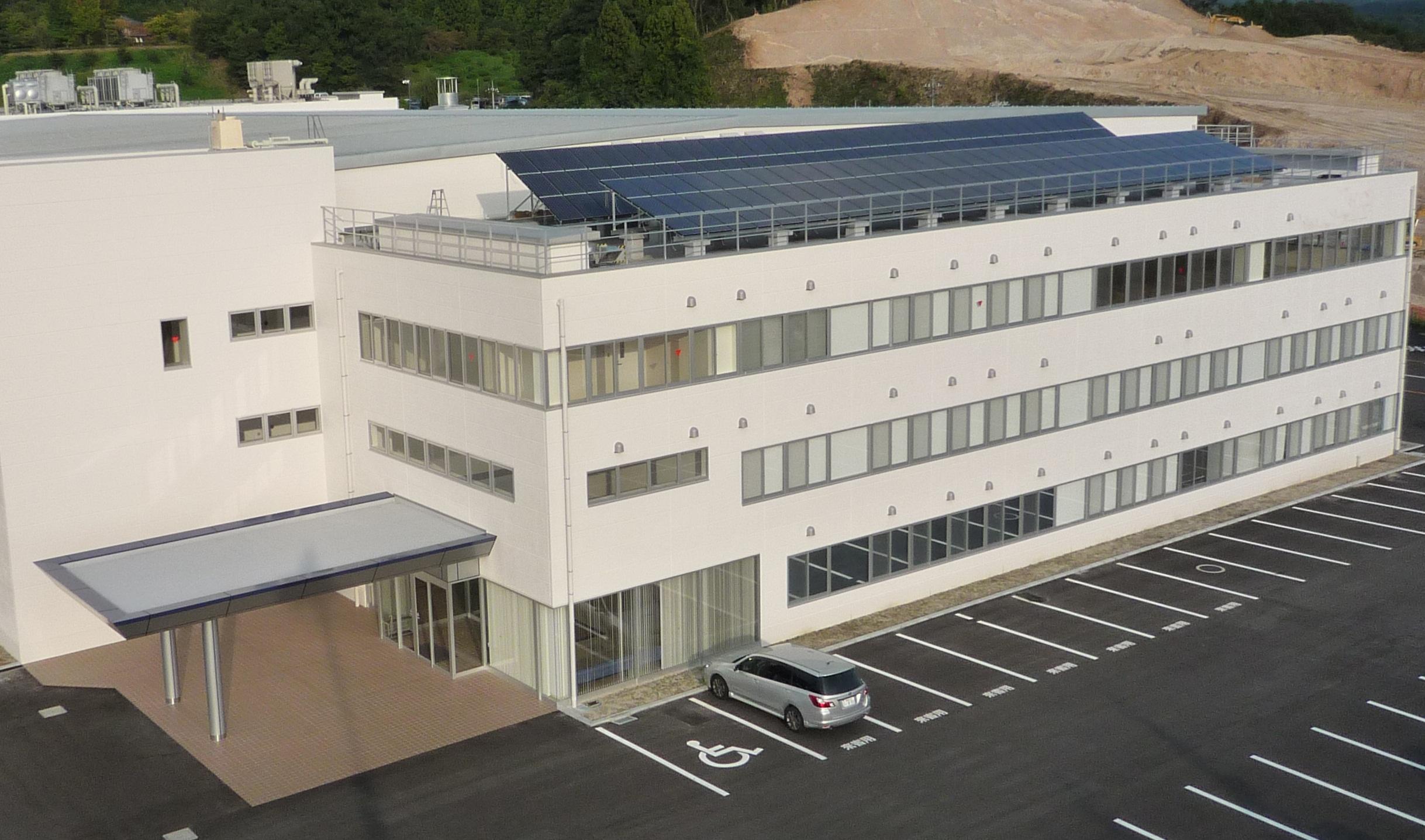 太陽電池セルの生産拠点である島根工場(島根三洋電機(株))の生産ラインを増強
