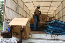 パナソニックがUNDPにソーラーランタンを寄贈、エボラ出血熱感染地域へ配布を開始(写真2)