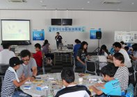 「2015 Ene-1 GP SUZUKA」手づくり乾電池教室の様子