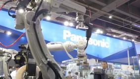 第17回中国国際工業博覧会 パナソニックブースでは様々な実演を交え最新技術をご紹介