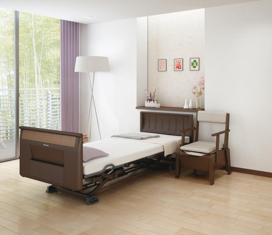 排泄介護用品 ポータブル家具調トイレ「グラヴィーノ コンパクト」ベッド横 配置イメージ