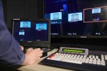 パナソニックのAVソリューション機器により録画や放送がたった一人の技術スタッフで行えるように