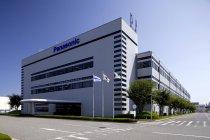 日本で数少ない国内一貫生産のパソコン工場(神戸工場)