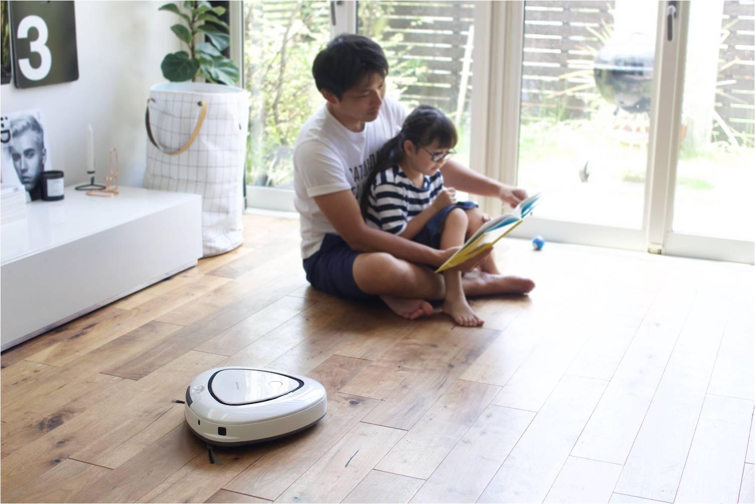 「レンタルーロ&トライット」キャンペーン(ロボット掃除機「RULO(ルーロ)」使用イメージ)