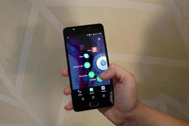 パナソニック インド株式会社がスマートフォン用にAIを活用した新たなUIソフト「Arbo」を開発