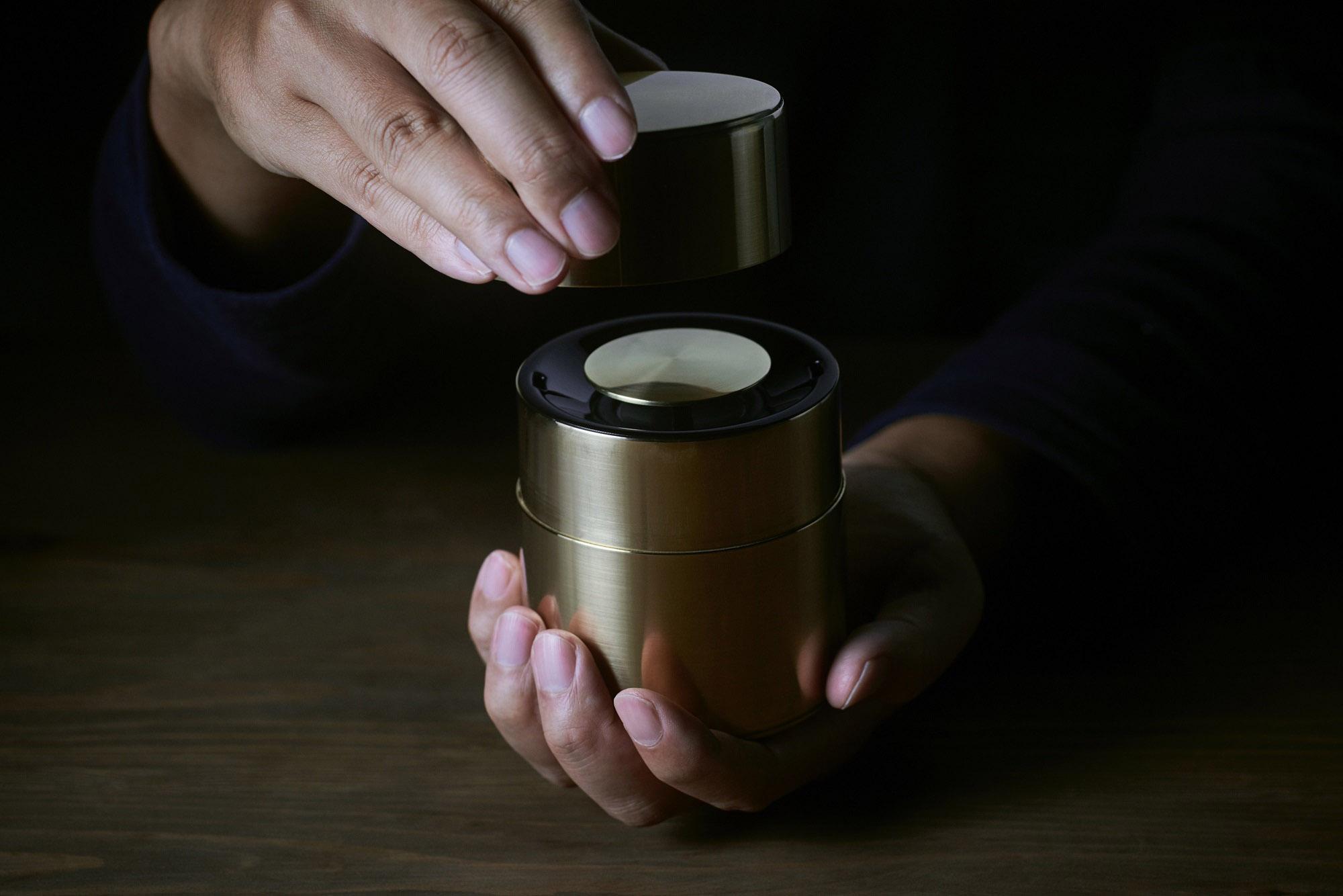 京都の伝統工芸とのコラボレーションによる「響筒」を商品化