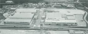 1969年竣工当時の草津拠点
